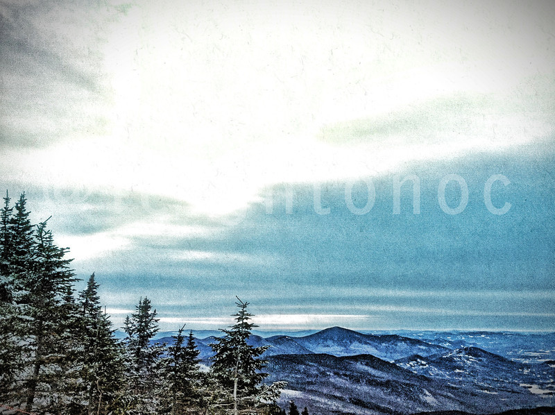 @attitashresort or  @skiwildcat tomorrow? #skiing #newhampshire #snowboard #snowboarding #riding #snow #mountains