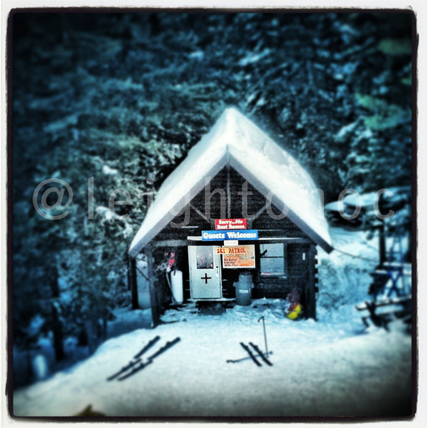 Looks warm in there @attitashresort #skiing #newhampshire #snowboard #snowboarding #riding #snow #mountains