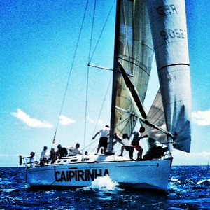 Live action from the Commodore's Cup.  @sxmheineken #sxmheineken @vactionstmaarten  @stmaartentravel @ilesaintmartin #sailing #regattas @heineken #heineke