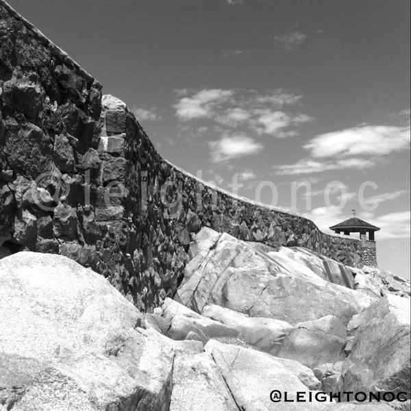 You didn't know #rockport has a Great Wall? Lots to do & see today. Come to #rockportfest #rockport #modif1day #capeann @capeannchamber @todayoncapeann #blackandwhite