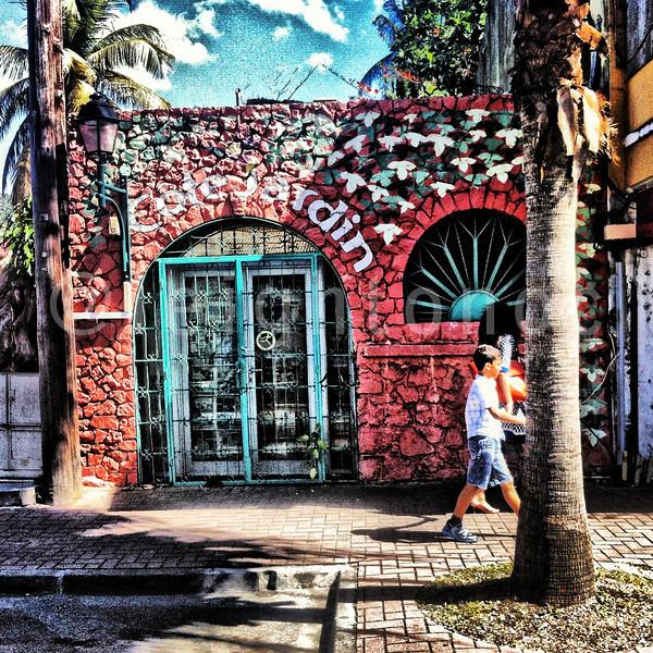 Not sure where I am but it's quaint #stmaarten  #dayoff #caribbean @vactionstmaarten  @stmaartentravel @ilesaintmartin