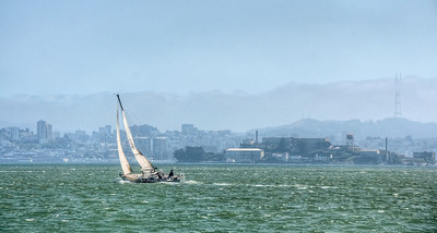 sailing-alcatraz-2