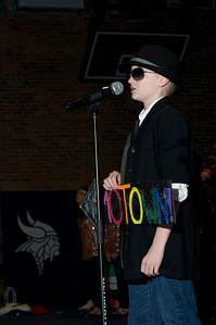 6th Grade Musical  2010-03-25  40