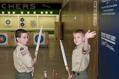 Boy Scout Archery mtg  2009-10-14  16