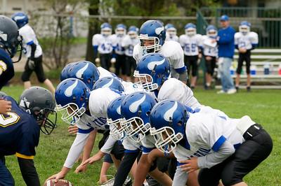 6th Grade Football vs Shrine   2010-10-02  26