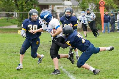 6th Grade Football vs Shrine   2010-10-02  25