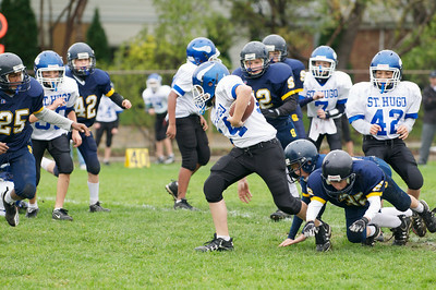 6th Grade Football vs Shrine   2010-10-02  24