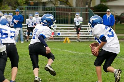 6th Grade Football vs Shrine   2010-10-02  27