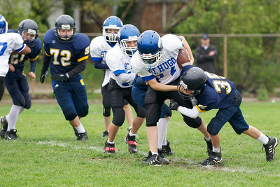 6th Grade Football vs Shrine   2010-10-02  22