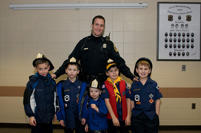 Cub Scout Police Station  2010-01-13  112