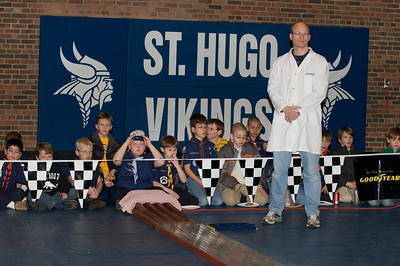 Pinewood Derby 2010-03-14  15