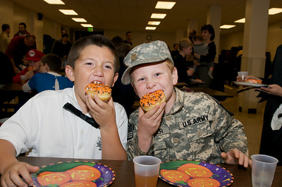 Cub Scouts Pumpkin Carving  2009-10-22  7