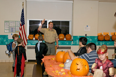 Cub Scouts Pumpkin Carving  2009-10-22  12