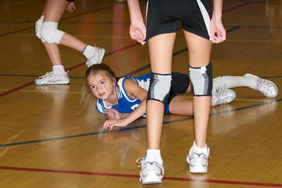 Hugo 5th Grade Volleyball  2010-10-02  61
