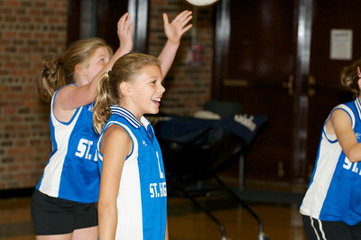 Hugo 5th Grade Volleyball  2010-10-02  102