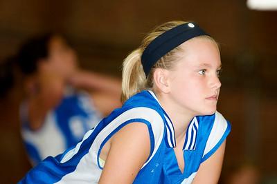 Hugo 5th Grade Volleyball  2010-10-02  46