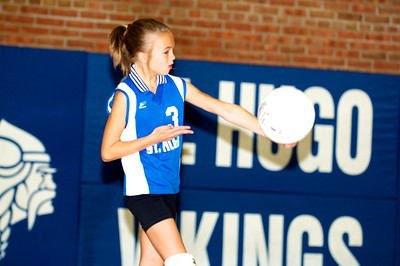 Hugo 5th Grade Volleyball 2010-09-18  33
