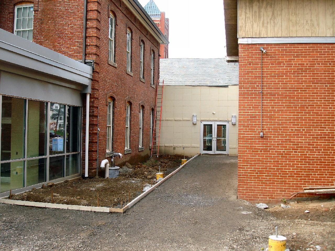 Saint Matthews Renovations 7-28-07 (2)