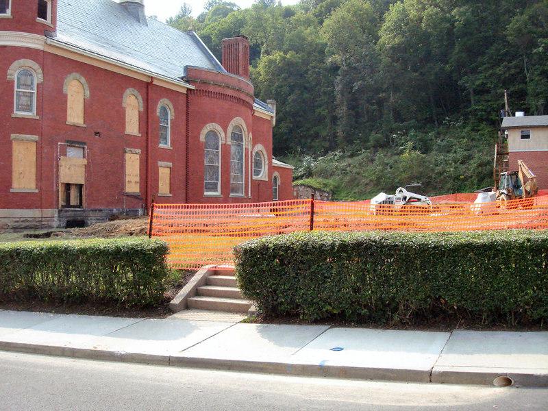 Saint Matthews Renovations 9-10-06 (10)