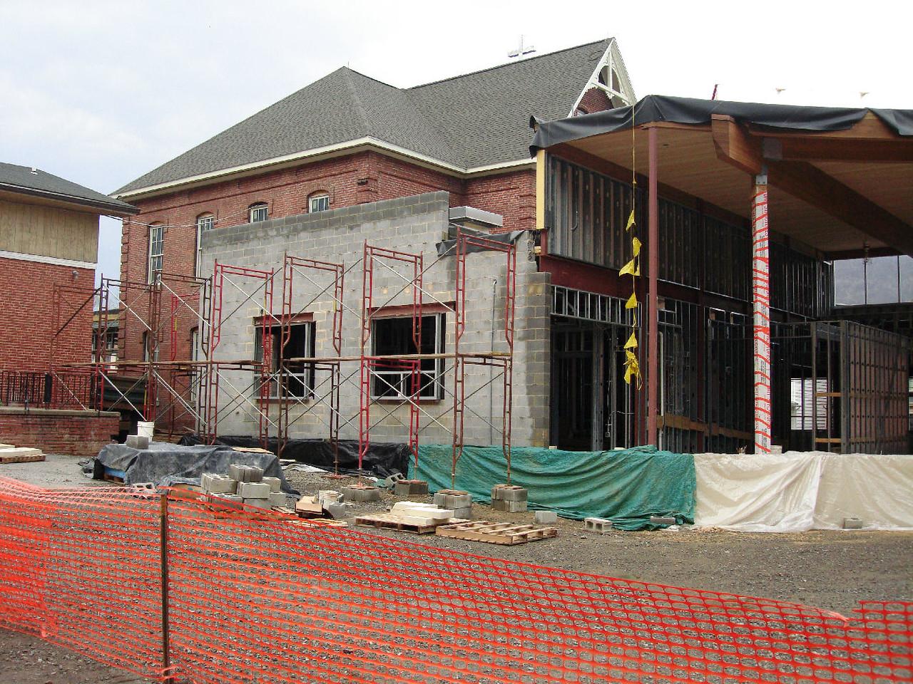 Saint Matthews Renovations 4-28-07 6