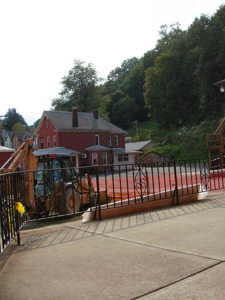 Saint Matthews Renovations 9-10-06 (16)