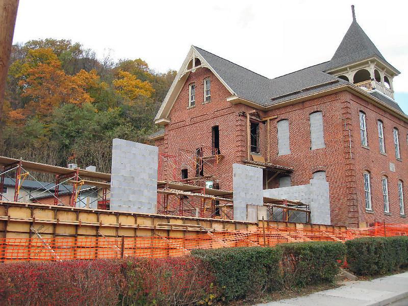 Saint Matthews Renovations 10-22-06 (4)