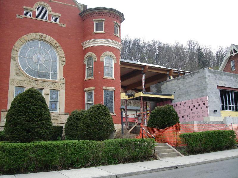 Saint Matthews Renovations 4-28-07 8