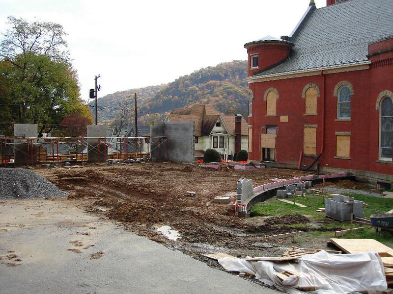 Saint Matthews Renovations 10-22-06 (8)
