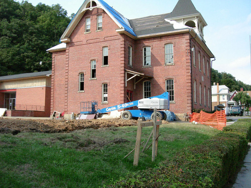 Saint Matthews Renovations 9-10-06 (12)