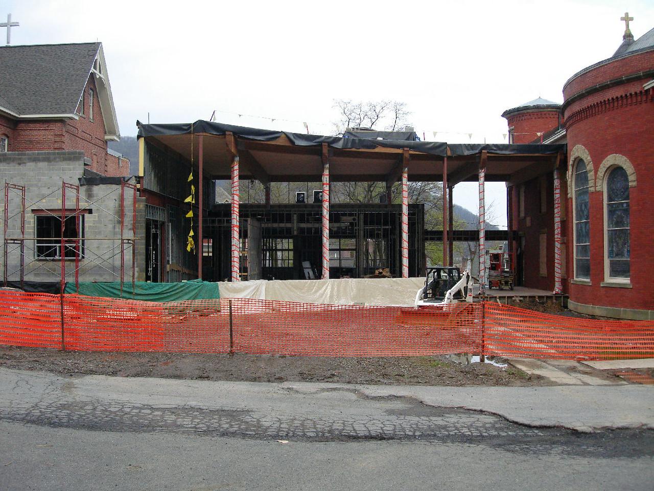 Saint Matthews Renovations 4-28-07 3