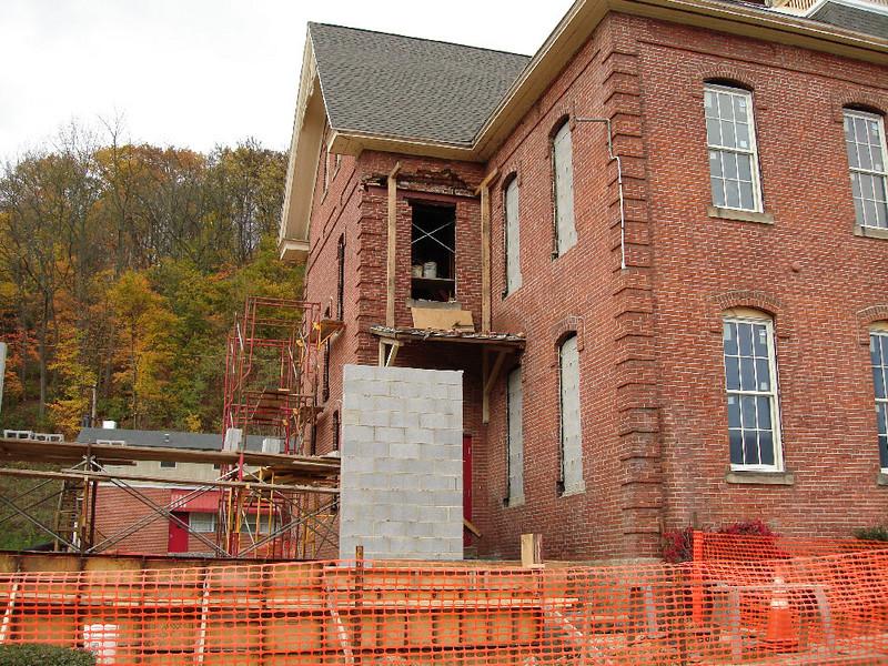 Saint Matthews Renovations 10-22-06 (3)