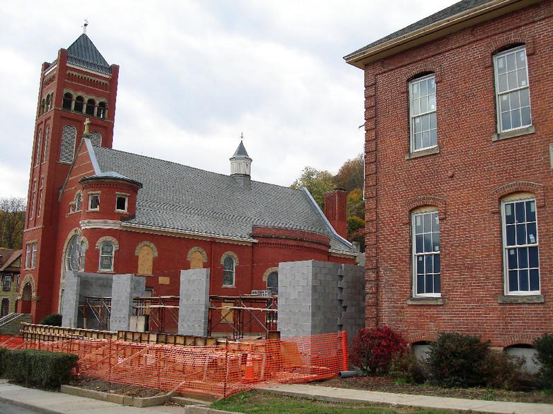 Saint Matthews Renovations 10-22-06 (2)