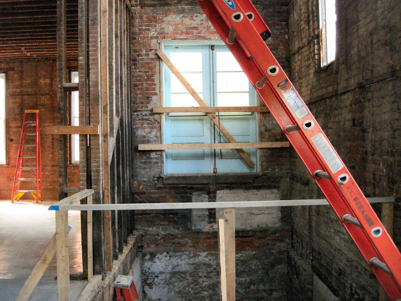 Saint Matthews Renovations 9-10-06 (8)