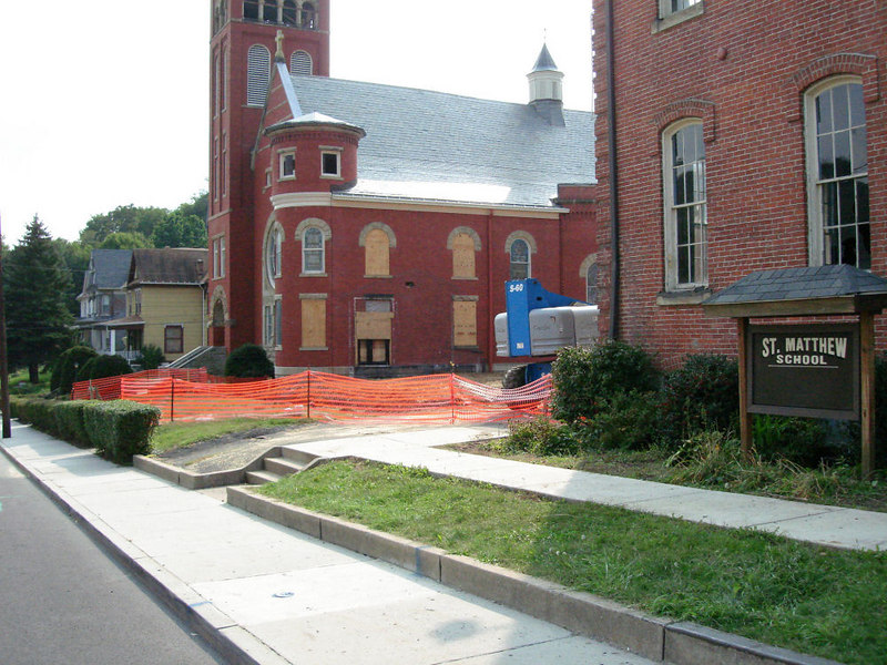 Saint Matthews Renovations 9-10-06 (9)