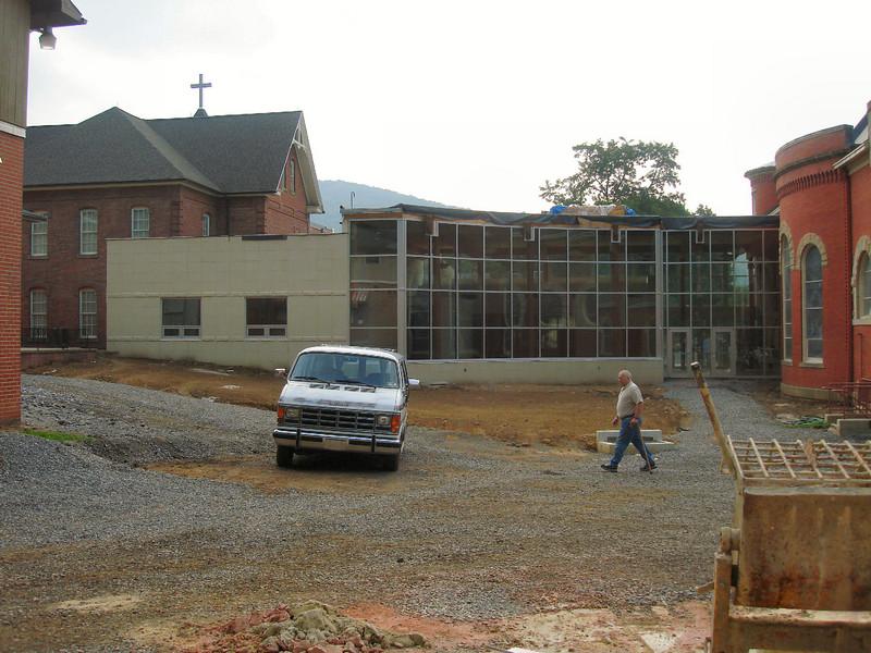 Saint Matthews Renovations 7-28-07 (6)