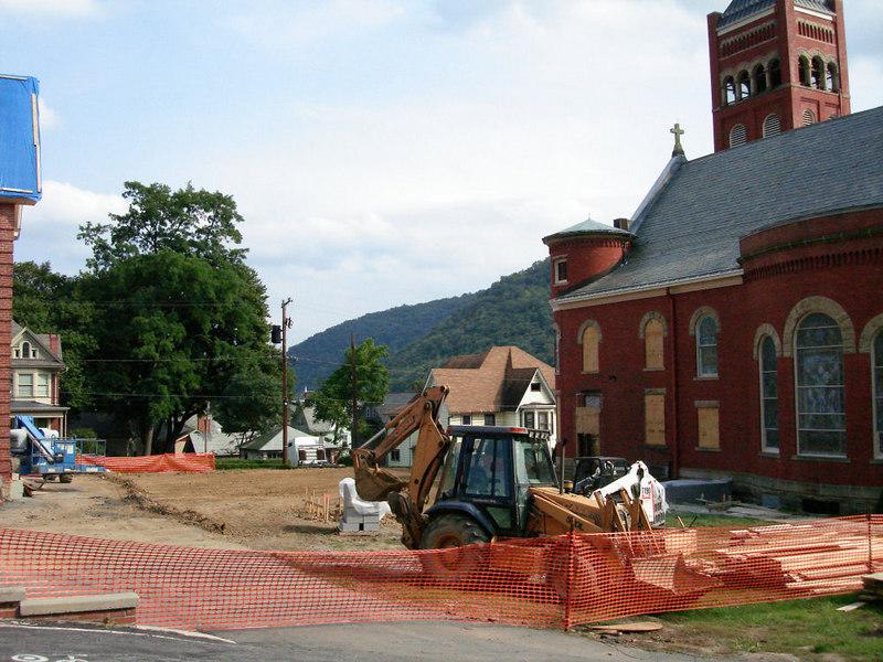 Saint Matthews Renovations 9-10-06 (14)