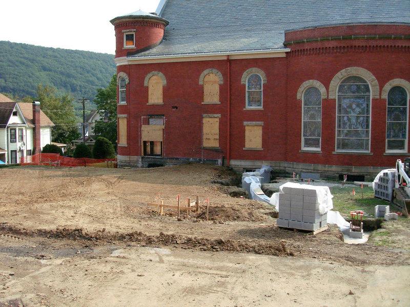 Saint Matthews Renovations 9-10-06 (17)
