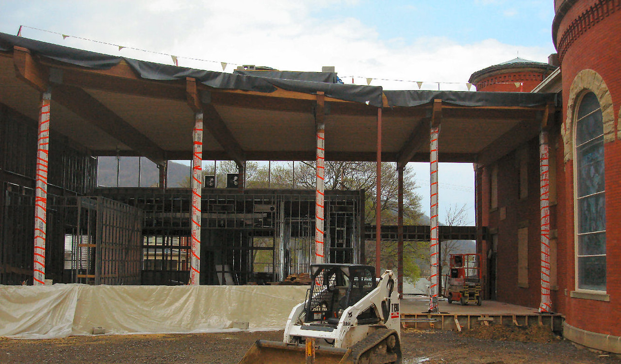 Saint Matthews Renovations 4-28-07 5