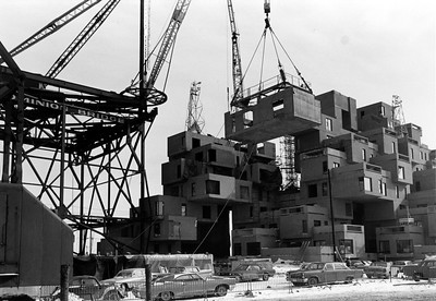 Habitat 67_construction image 1966_collection of Safdie Architects
