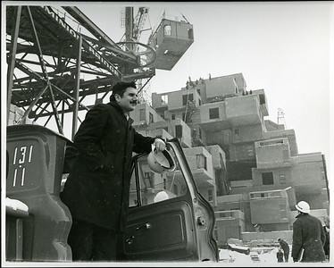 Moshe Safdie at Habitat 1966_Collection of Safdie Architects