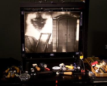 7- L'écran d'épingles et les outils utilisés par Michèle Lemieux