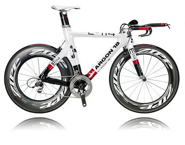E114 SRAM Zipp wheels