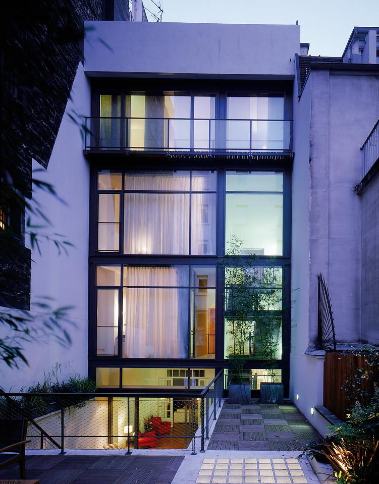 Rénovation d'un hôtel particulier, Cernuschi, Paris XVII, 2003, photo JM Monthiers ©Agence Michel Kagan Architecture & Associés