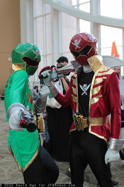Gokai Green and Gokai Red