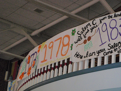All reunion classes honored with signs in Bryant Hall made by current students