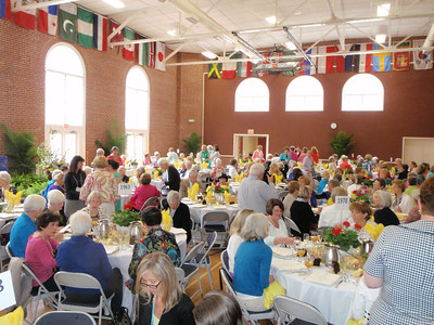 All reunion classes at luncheon in Bryant Hall