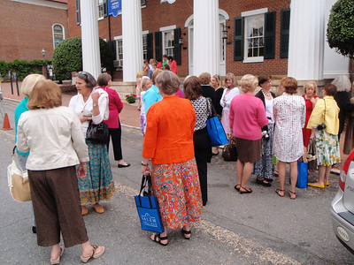 C'78ers waiting for class picture