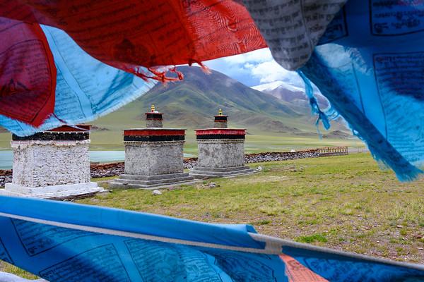Traveling in northern Tibet