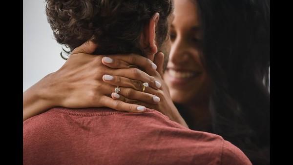 EngagementPortraitsSlideshow