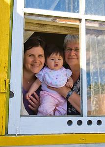3 generations through great-grandma Antoshkiw's window
